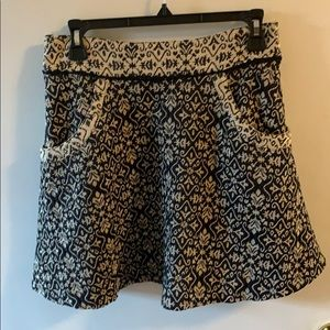 Free people black and white skirt with pockets